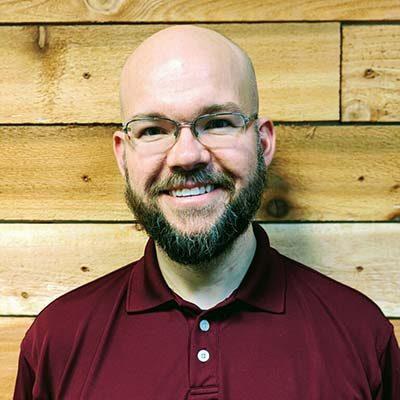 Chiropractor Yelm WA Dr. Derek Simpson